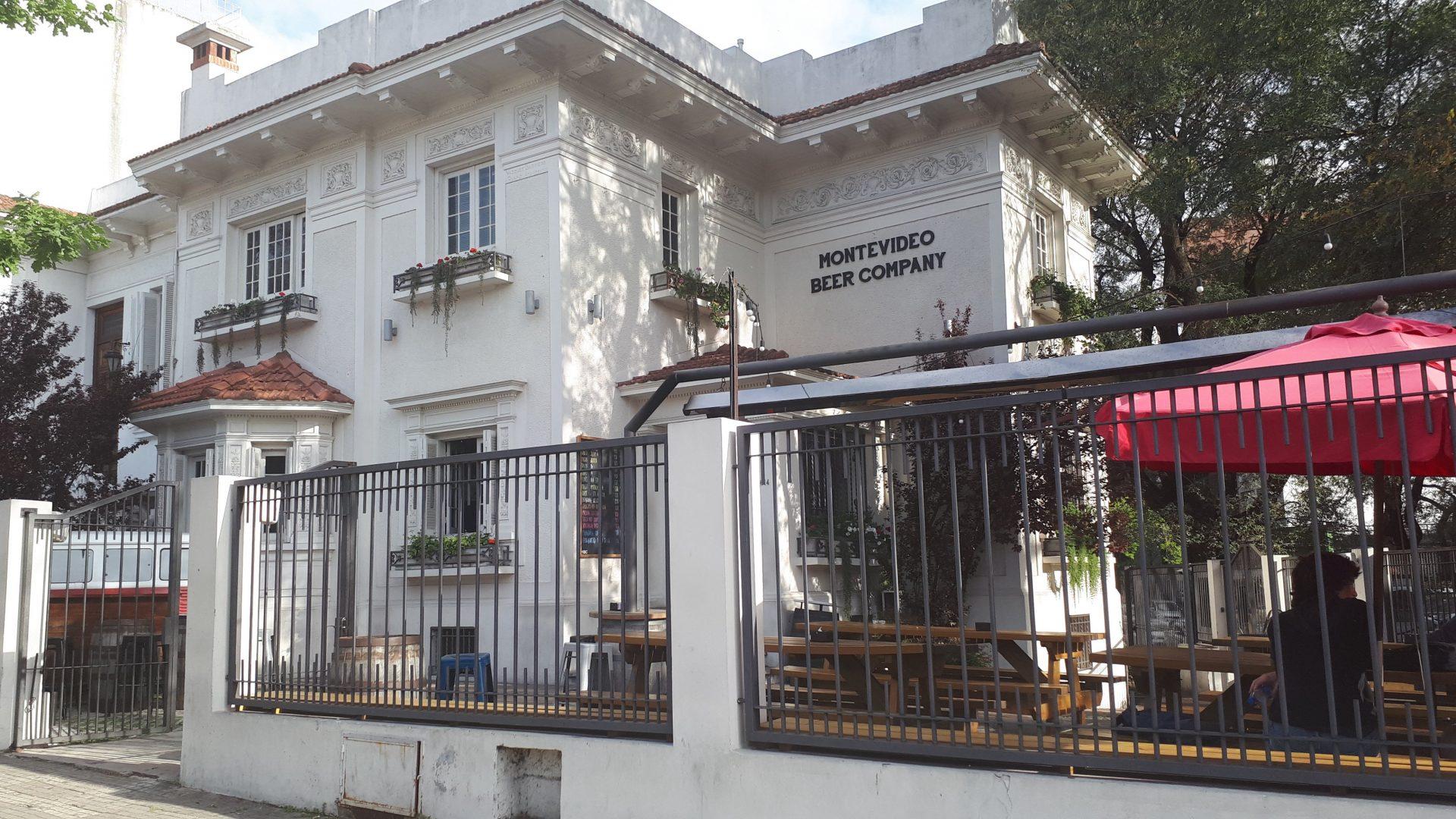 Fachada de Montevideo Beer Company