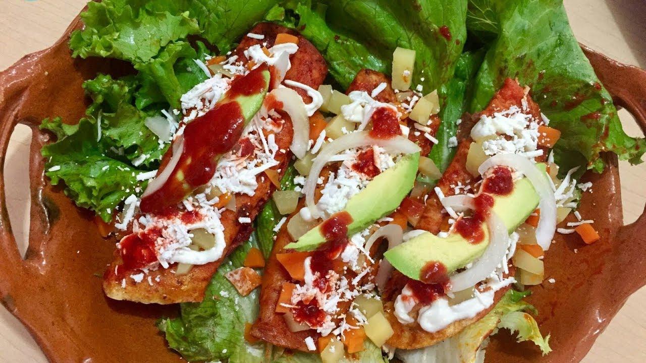 Ricas enchiladas estilo Michoacán