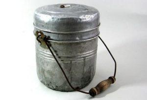cubo de acero con tapa para cerveza